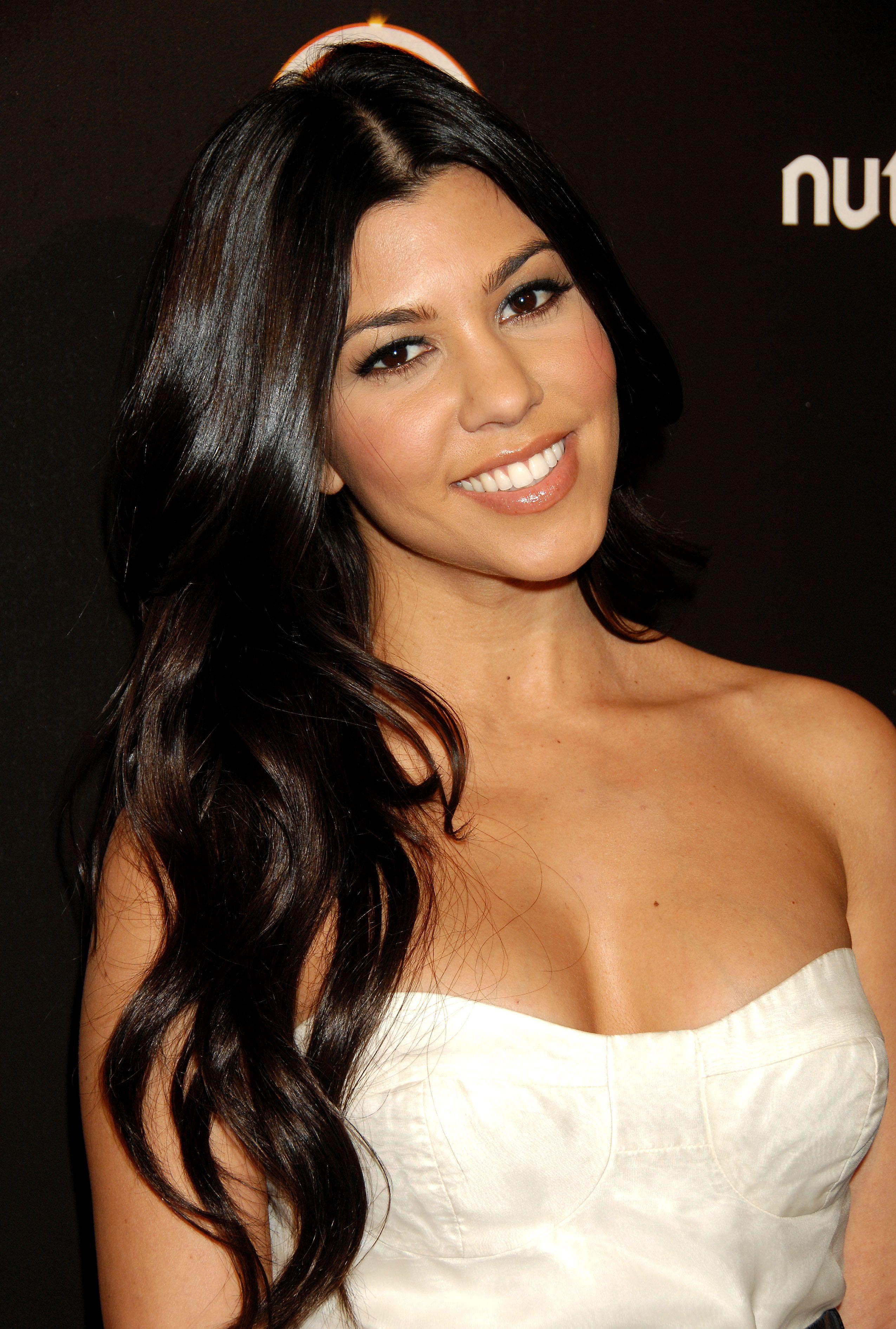 Kourtney Kardashian Speakers Bureau And Booking Agent Info
