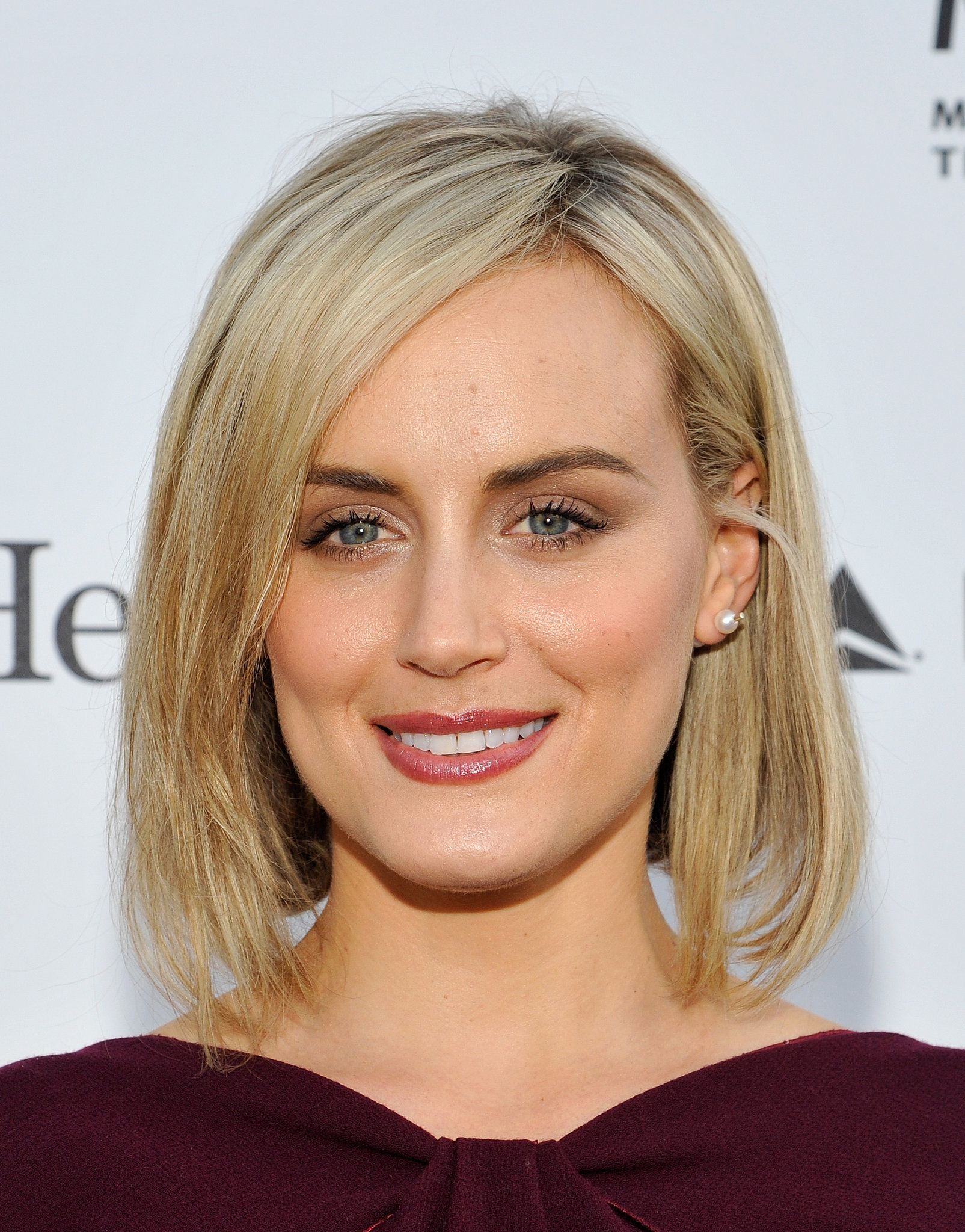 taylor schilling astro chart