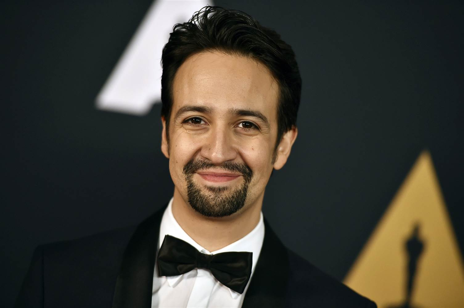 images Lin-Manuel Mirandas Speech in Honor of the Orlando Victims Brings the Whole Audience to Tears